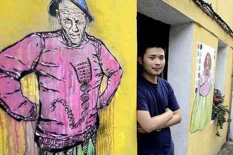 En la imagen, el resultado de la pintura realizada durante el día de ayer por Ting-Tong Chang. césar toimil