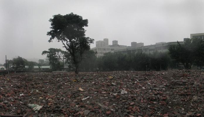 05-H-(2)-廢墟被拆除